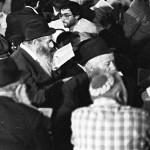 Reciting Kinnot at the Kotel on Tishah B'Av