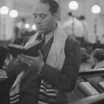 synagogue pray tallit